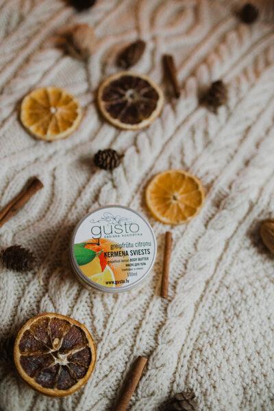 Greipfrūtu-citronu ķermeņa sviests